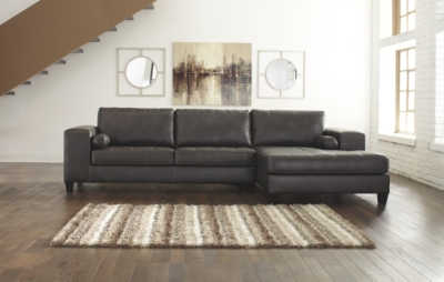 Norfolk 2-Piece Sectional with Chaise