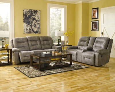 Romeo Power Reclining Loveseat with Console