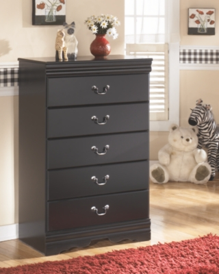 Hanford Chest of Drawers