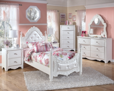 Easton Twin Poster Bed