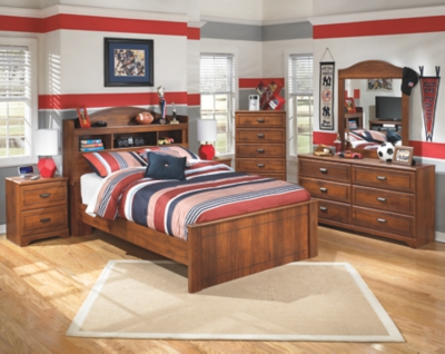 Barner Dresser and Mirror