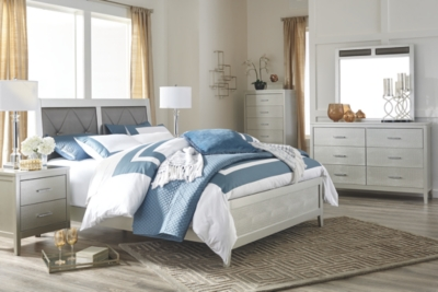 Oakdale King Panel Bed