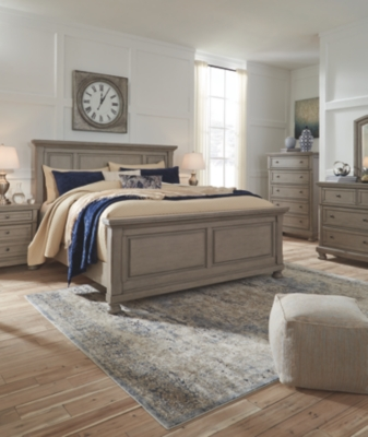 Lanare Queen Panel Bed